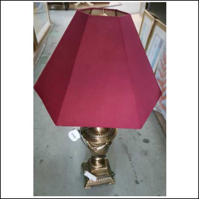Second Hand Item Kakilelong Table Lamp X9 Kaki Lelong Preloved Reloved