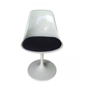 Art Nouveau Chair with swivel