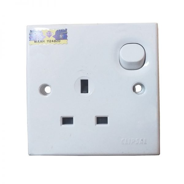Clipsal Wall Plug
