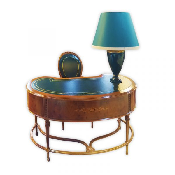 Presidential Suite, Barok Writing Table